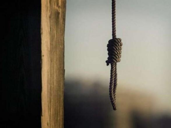 В Черновицкой области мужчина убил топором сожительницу и повесился