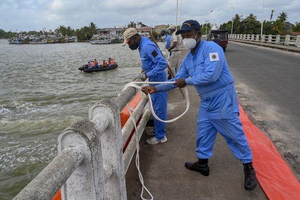 Шри-Ланка столкнулась с морской катастрофой после пожара на X-Press Pearl