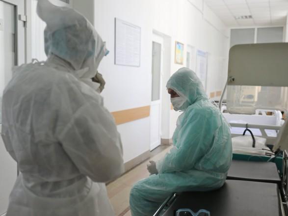 В Украине уже 2,206 млн случаев COVID-19, за сутки - 2 205