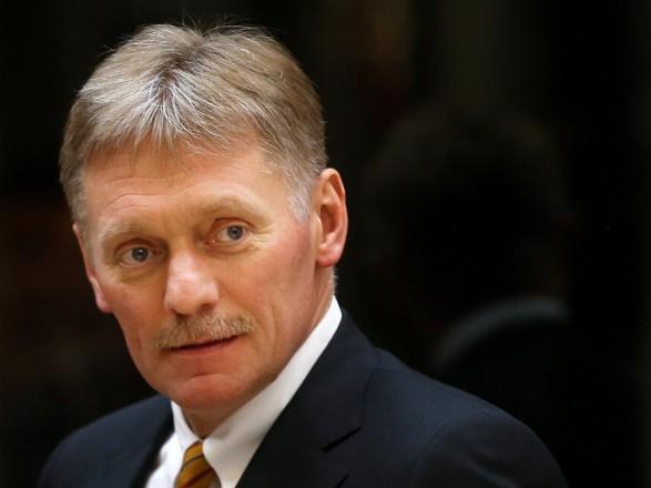 """В Кремле говорят, Москва не получала от Киева """"конкретных предложений"""" по возможной встрече Зеленского и Путина"""