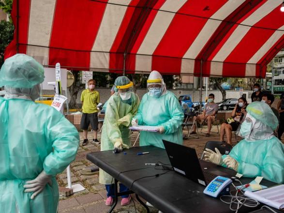 Johnson & Johnson проводит конфиденциальные переговоры с Тайванем о поставках вакцин от COVID-19