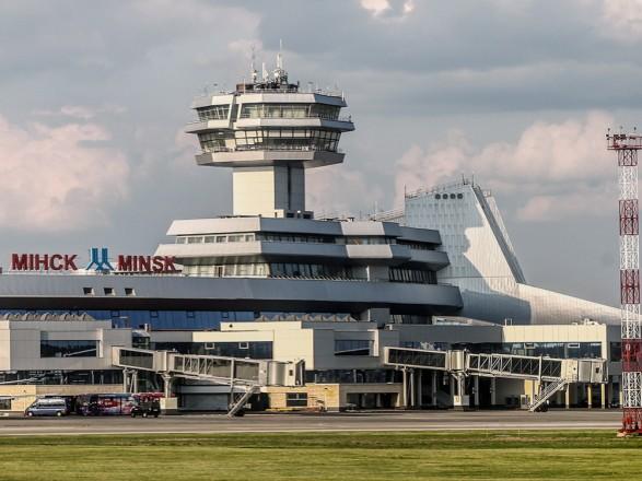 """Международная ассоциация воздушного транспорта призывает """"не политизировать ситуацию"""" вокруг инцидента с самолетом Ryanair в Минске"""