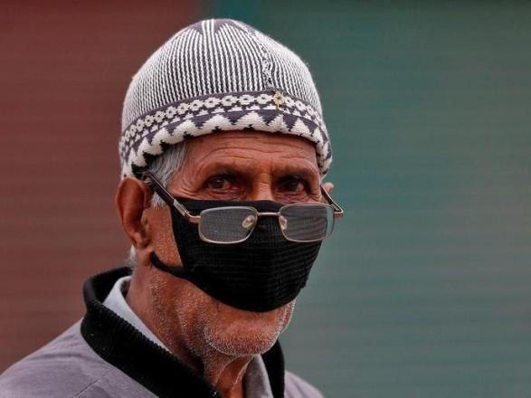 В Израиле с 15 июня позволят не носить маски во всех помещениях, кроме школ