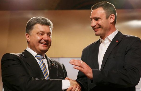 Порошенко объединился с Кличко, чтобы отбивать обвинения в схемах с Медведчуком - эксперт