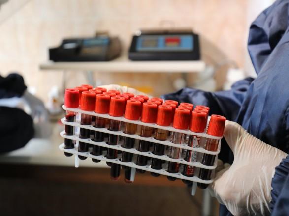 "Британский Минздрав считает ""индийский"" штамм коронавируса на 40% заразнее"