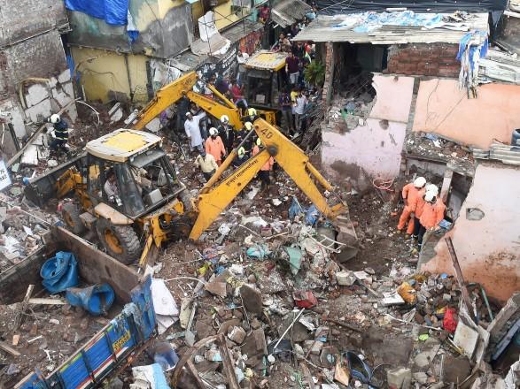 В Индии при обрушении здания погибли 11 человек