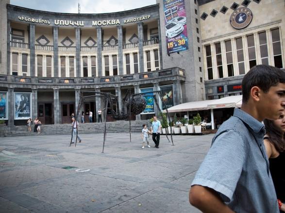 """Армения отказалась от слова """"коньяк"""" в названиях производимых в стране напитков: на это ЕС выделит ей 3 млн евро"""
