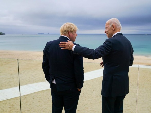 Джонсон и Байден подписали новую Атлантическую хартию: что она предусматривает