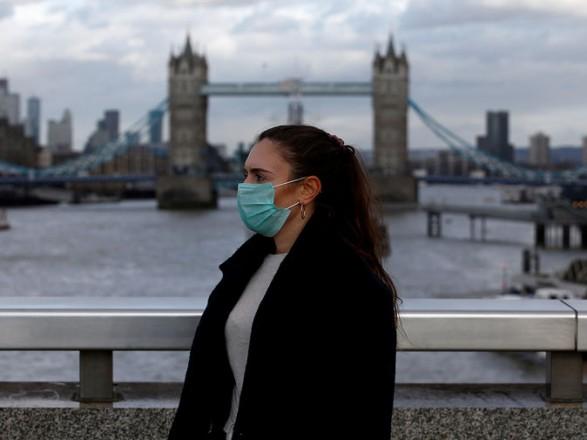 В Британии зафиксировали наибольшее количество новых случаев COVID-19 за сутки с конца февраля