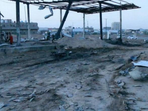 В Йемене в результате взрыва возле АЗС погибли 12 человек