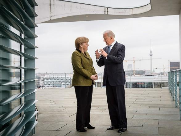 Меркель поедет на переговоры к Байдену в Вашингтон 15 июля - Белый дом