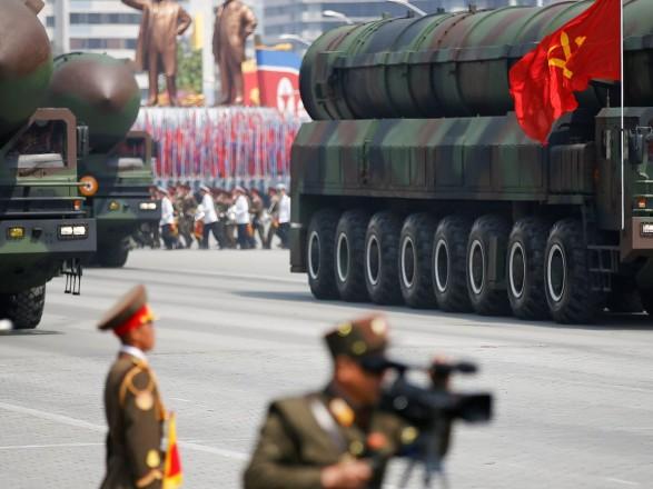 В мире растет количество ядерного оружия, готового к применению