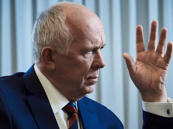 """В Украине ввели санкции против главы """"Ростеха"""""""
