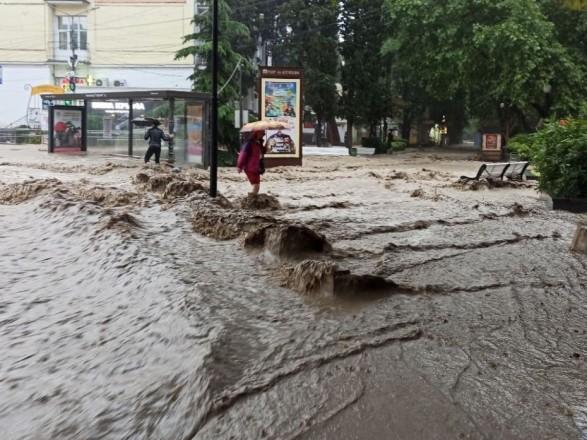 Паводок в оккупированном Крыму: в Ялте погиб один человек в результате подтоплений