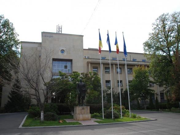 """Глава МИД Румынии призвал Украину признать то, что """"так называемого молдавского языка не существует"""""""