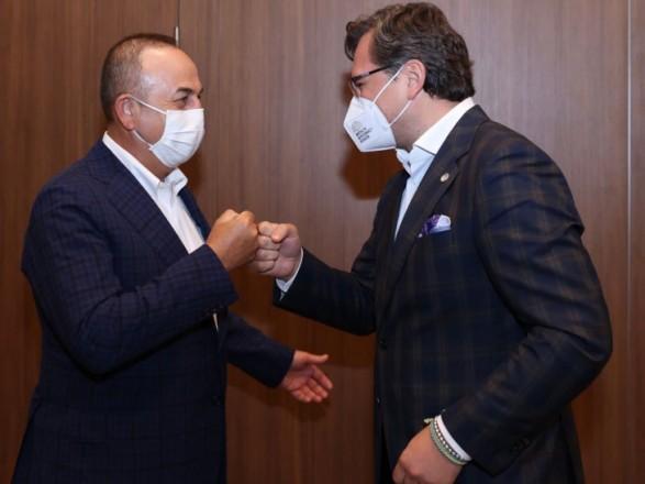 Украина и Турция обсудили усиление взаимодействия ВМС двух стран в Черном море