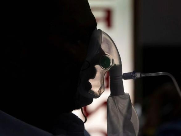 От коронавирусной инфекции в мире умерло уже почти 3,9 млн человек