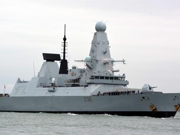 Бомбы не сбрасывали: в Британии опровергли обстрел военными РФ эсминца возле оккупированного Крыма
