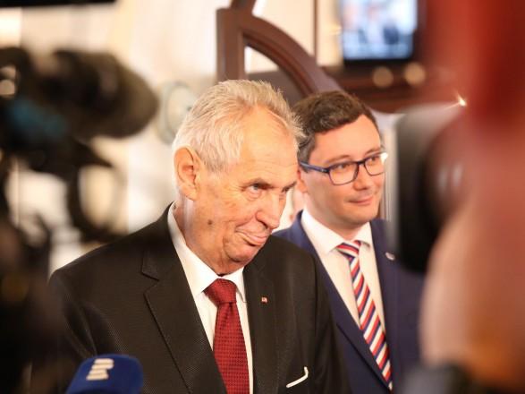 """Президент Чехии Земан: лидеры ЕС не должны """"бояться"""" встречи с Путиным"""