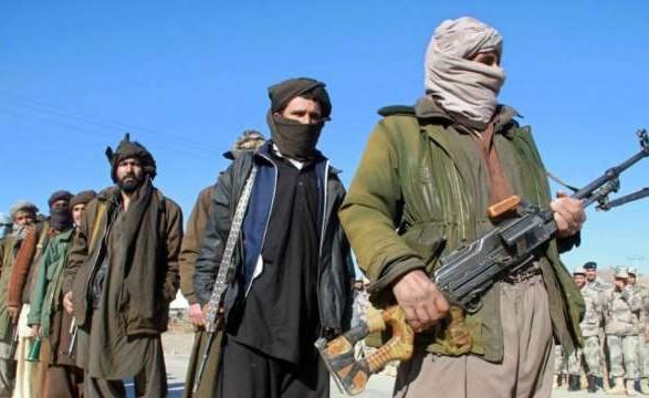 """В Афганистане убили 6 """"талибанцев"""" при установлении мин на дороге"""