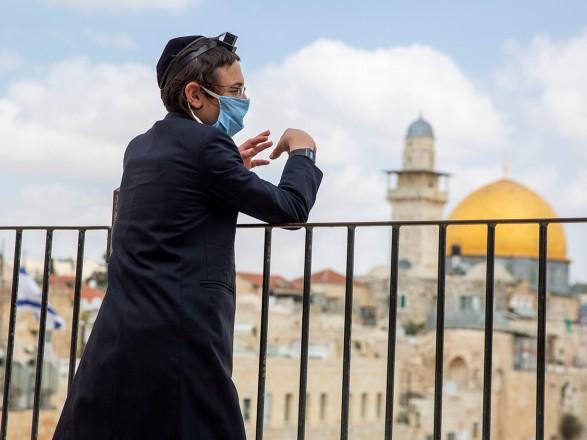 Почему вернули масочный режим в Израиле? Израильский врач рассказал детали: вакцина сработала, локдауна не будет
