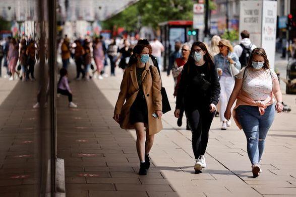 В Великобритании обнаружили 26 068 новых случаев коронавируса, что является самым высоким показателем с конца января