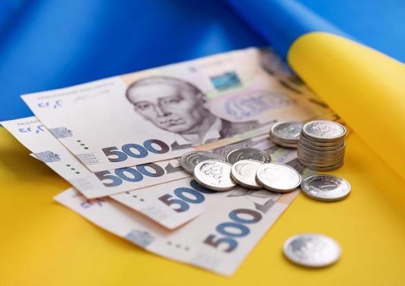 В Украине повысят пенсии чернобыльцам - Зеленский подписал закон