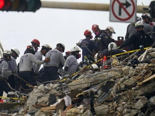Число погибших при обрушении дома во Флориде достигла 18 человек