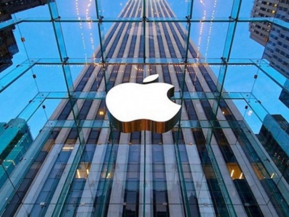 Официальное появление Apple в Украине: чего ждать покупателям техники, и уберет ли американская компания отечественную контрабанду?