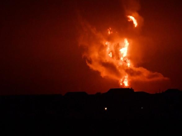 Взрыв на Каспии: МЧС Азербайджана опубликовало видео с места ЧП