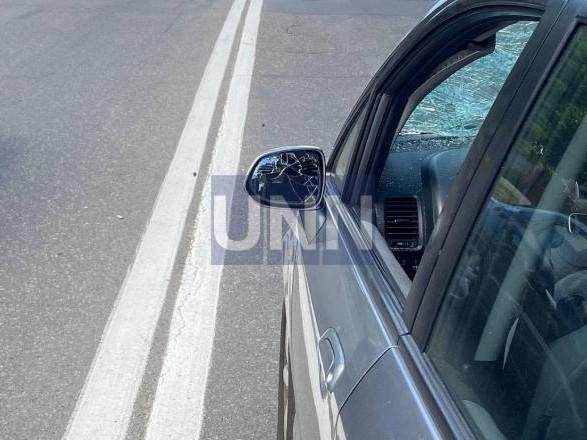 В столице авто сбило двух человек на пешеходном переходе
