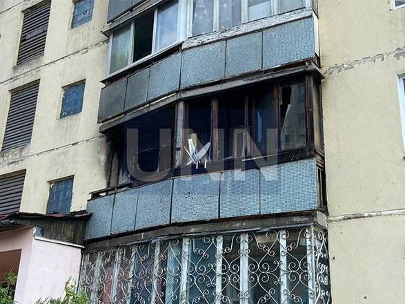 Увидели огонь на балконе: в Киеве произошел пожар в квартире с тремя детьми