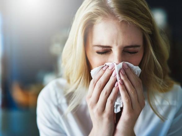 Аллерголог предупреждает: в средине июля происходит пересменка аллергенов и начинают цвести полынь и амброзия