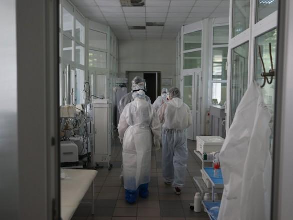 В Украине 2,242 млн случаев COVID-19, за сутки - 623