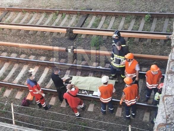Вероятно, катался между вагонами: появились новые подробности гибели мужчины в столичном метро
