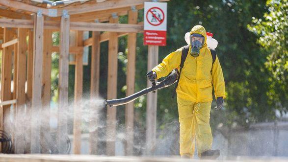 В России новый максимум смертей от коронавируса с начала пандемии - за сутки погибли около 800 человек