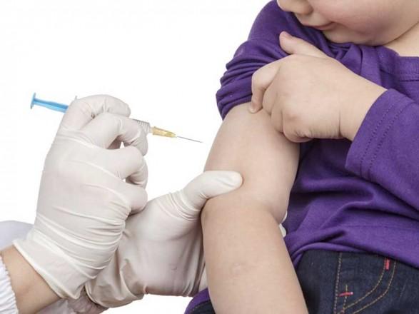 В Украине во время пятого этапа вакцинации от COVID-19 позволят прививать детей - ЦОС