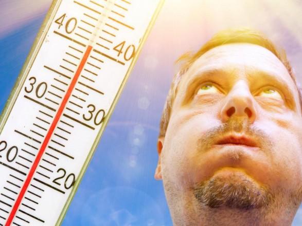 Врач: жара может вызвать у людей психоз и нарушать сон