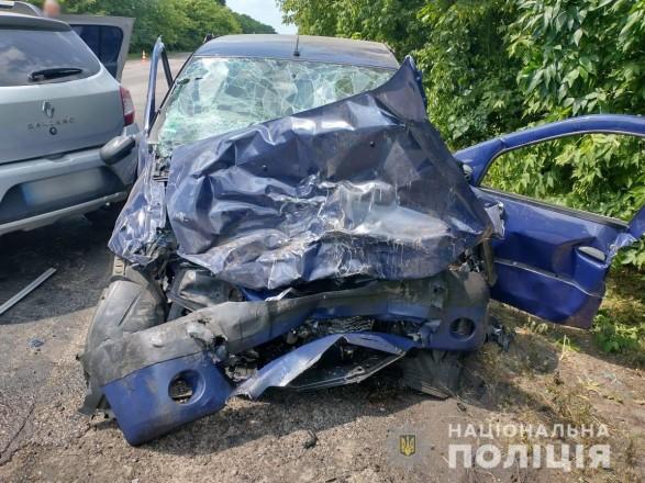 В Харьковской области произошло смертельное ДТП: четверо госпитализированы, среди них - двухлетняя девочка