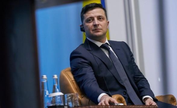 Приезжайте к нам: Зеленский пригласил Кикабидзе в День Независимости Украины