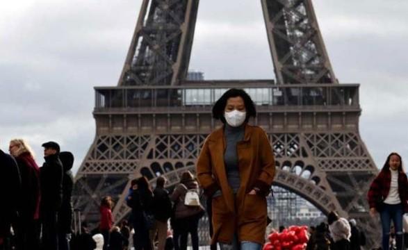 Франция зафиксировала более 10 000 новых случаев коронавируса в сутки третий день подряд