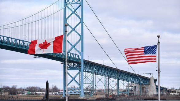 Граница США с Канадой будет закрытой как минимум до 21 августа - СМИ