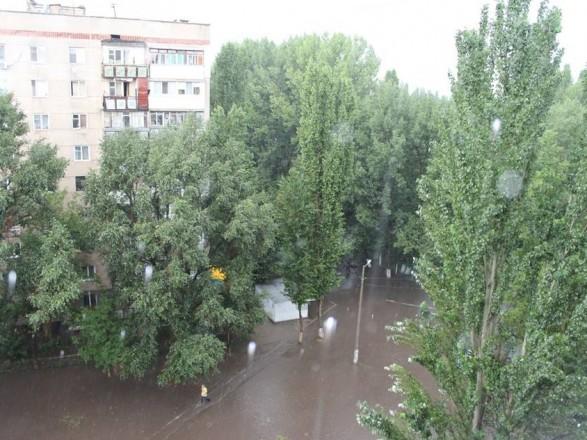 Сокрушительный ливень в Одессе: поваленные деревья, подтопления и пробки