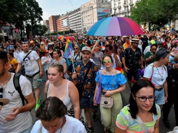 Тысячи людей приняли участие в ЛГБТ-прайде в Будапеште