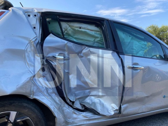 Неудачный маневр: на Житомирской трассе произошла масштабная ДТП с участием четырех легковых авто и бензовоза