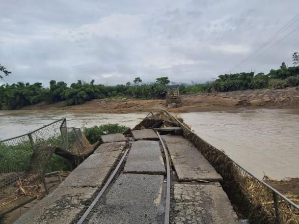 Впервые за 40 лет: сильные дожди в Коста-Рике унесли жизни двух человек