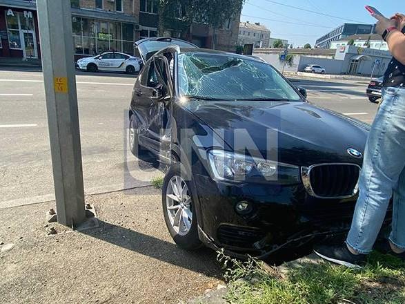 """Из-за столкновения автомобилей в столице - машины """"разбросало"""" в разные стороны"""