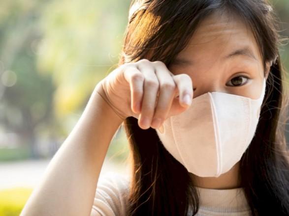 Немецкий офтальмолог: ношение защитной маски провоцирует синдром сухого глаза