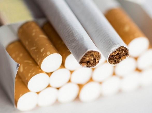 """Фабрику """"Юнайтед Табако"""" налоговики называют крупнейшим производителем контрафактных сигарет в Украине – журналист"""