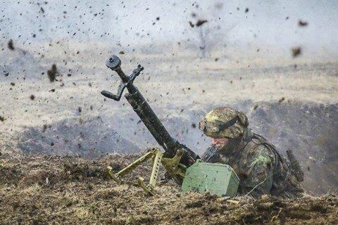 """ООС: бойовики тричі порушили """"режим тиші"""", є поранений"""